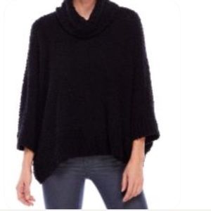 ROMEO + JULIET COUTURE nubby free form sweater